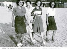 """Cattolica 1942 ca. - Operaie della fabbrica conserviera """"Adriatica"""""""