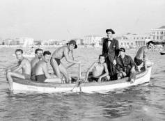 Cattolica, estate 1951. Direzione trampolini.