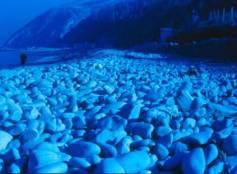 sassi al mare