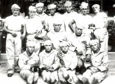 1931, fotoricordo di giovani in servizio presso la marina militare