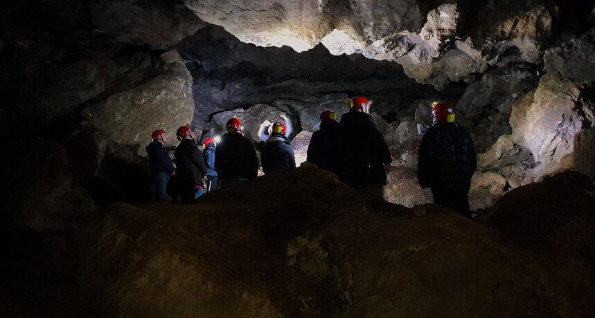 Grotte di Onferno e il territorio