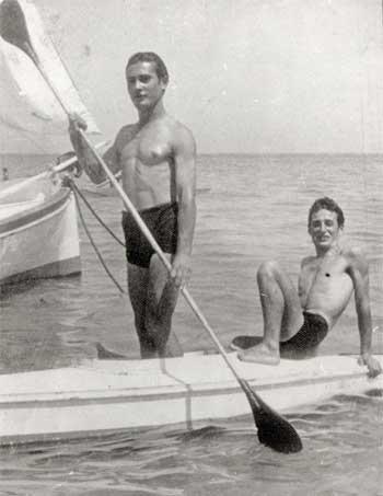 Gabicce Mare, fine anni '30. Da sinistra: Silvio Berti, Ismaele Badioli.