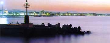 Faro al tramonto - Porto di Cattolica - RN