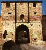 Entrata alla Rocca di Mondaino - Porta Marina