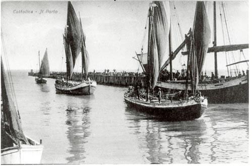 Porto Cattolica - brache al rientro dalla pesca