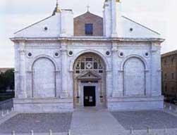 Tempio malatestiano Rimini - esterno